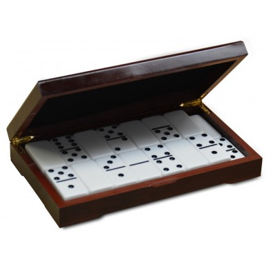 http://www.dominoes.com/image/cache/data/categories/Wooden cases/semi-gloss-390x390.jpg